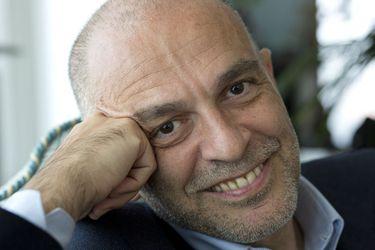 """Roberto Rizzi-Brignoli, director titular de la Orquesta Filarmónica de Santiago: """"Si se dan las condiciones haremos una temporada musical digital este año"""""""