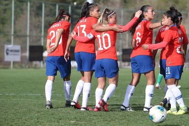 Las Rojas caen un puesto en el ranking FIFA