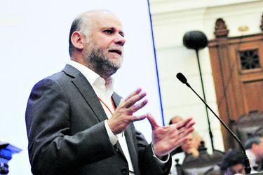 Comisión de Minería del Senado acuerda citar a ministros por controversia