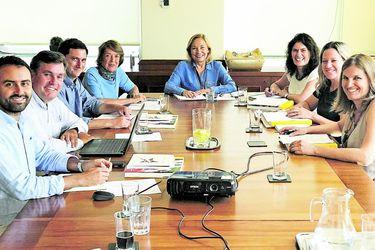 Morel nombra a directores del área sociocultural de la Presidencia