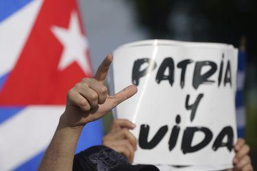 Columna de José Miguel Vivanco: Cuba responde a manifestaciones históricas con represión y censura