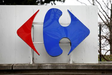 El Gobierno francés veta la compra de Carrefour por Couche-Tard