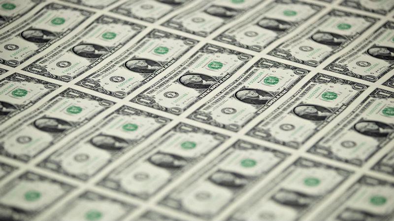 Dólar registró fuerte alza ante retroceso del cobre y desempleo mayor a lo esperado
