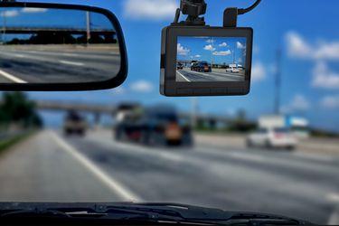 Diputados presentan proyecto de ley para hacer obligatorio el uso de cámaras en vehículos particulares