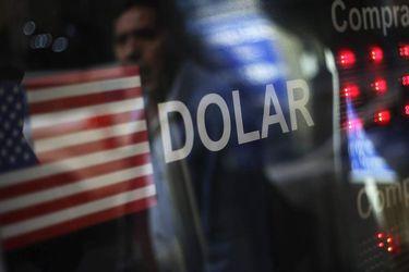 dólar— a su precio m‡ximo en dos a–os