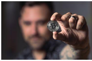 Por primera vez en el mundo, El Salvador adopta el bitcoin como una moneda de curso legal