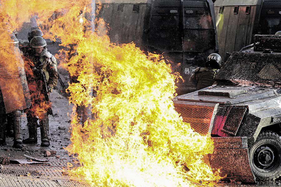 APTOPIX_-Chile-_Protests_67361.jpg-70671