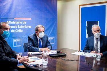 """Canciller Allamand expresa """"repudio del gobierno de Chile al régimen dictatorial de Nicolás Maduro"""" tras reunión del Grupo de Lima"""