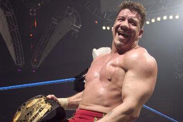 ¡Viva la Raza! El día que Eddie Guerrero alcanzó la cima de la WWE