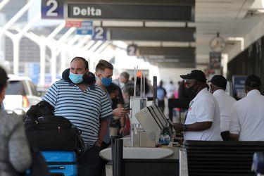 Restricciones de viaje por el Covid: el impacto de los cambios anunciados por EE.UU. y la UE