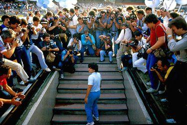 000-Maradona