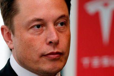 Riqueza de Elon Musk se desploma en un ritmo récord en solo un día y queda por detrás de Bernard Arnault