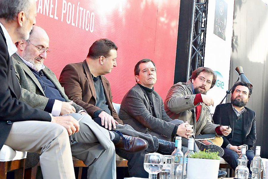 panel-politico