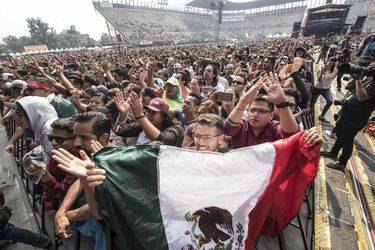 Mexico Vive Latino Festival