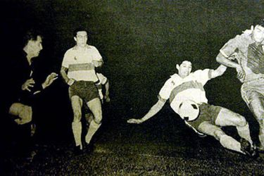 Clásico Universitario del '62: la historia del partido con más asistentes en la historia del fútbol chileno