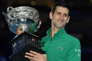 Djokovic acecha el reinado de Federer