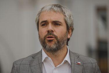 """""""Pudo prestarse para malinterpretaciones"""": Blumel aborda polémica por visita de Piñera a Plaza Italia"""