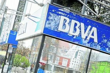 BBVA confirma negociaciones con el Banco Sabadell para una eventual fusión