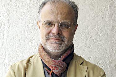 """Carlos Franz, escritor: """"Considero que mi obra no es inferior   a la de ninguno de   los otros postulantes"""""""