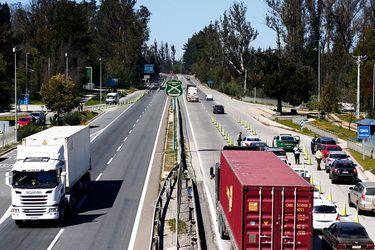 Carabineros informó que más de 38 mil vehículos han salido de la Región Metropolitana durante Fiestas Patrias