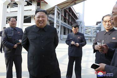 Las primeras imágenes de Kim Jong Un tras casi 3 semanas de ausencia
