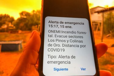 """Incendio en Quilpué: Onemi reporta diez viviendas con daño mayor y autoridades aseguran que tiene una """"intencionalidad extrema"""""""
