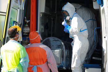 La batalla de Santiago ante un escenario crítico: Lo que tienes que saber del coronavirus este lunes