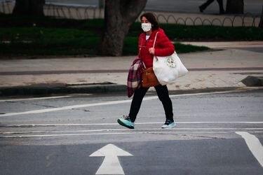 La gran parte de los hogares beneficiados con el Nuevo Ingreso Familiar de Emergencia tienen a una mujer como jefa de hogar