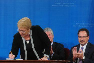 Bachelet constitucion