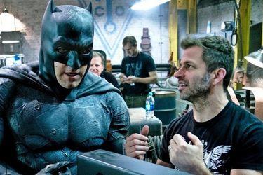 El tweet de Zack Snyder sobre Batman y Catwoman recibió un reclamo de derechos de autor