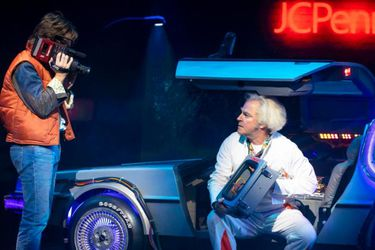 Nuevas fotos nos presentan al musical de Volver al Futuro