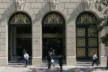 22 Abril 2010 Fachada del Ministerio de Hacienda Foto Ximena Nava