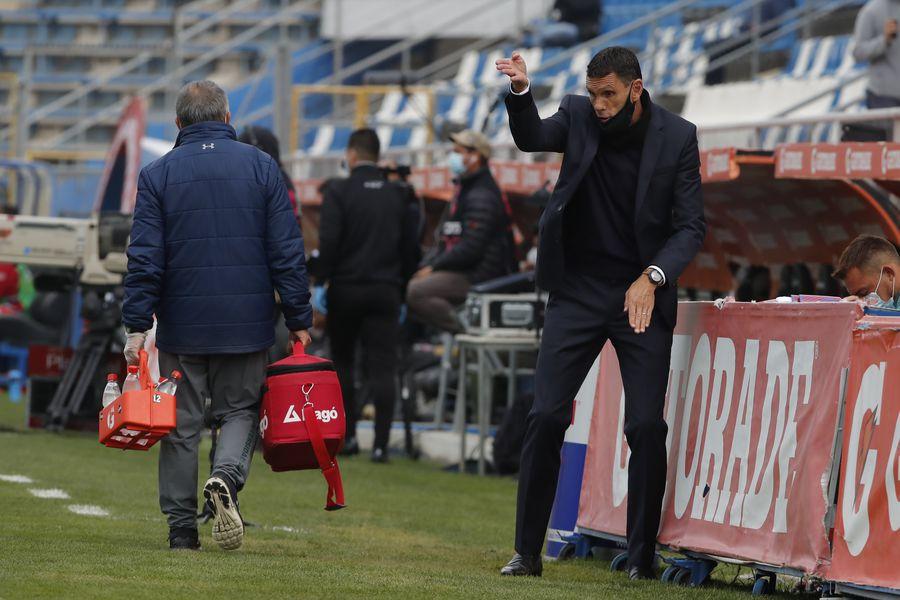 Gustavo Poyet, técnico de Universidad Católica, valoró el triunfo por 3-0 ante Unión La Calera, en San Carlos de Apoquindo.