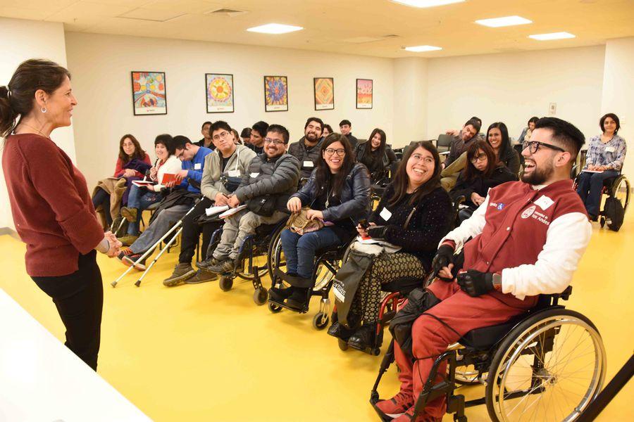 Charla sobre inclusión laboral en Teletón
