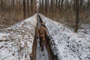 Los movimientos de tropas rusas en la frontera de Ucrania ponen a prueba a la administración de Biden