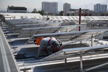 Data center de WOM comienza a operar con energía 100% renovable