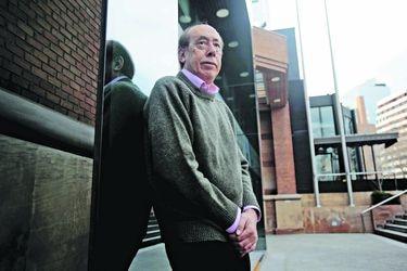 """Alfredo Stöhwing: """"Los años de Mosa en Colo Colo han sido siempre deficitarios"""""""
