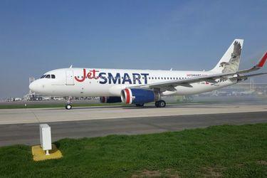 """""""Jetsmart Perú"""": aerolíena inicia tramitación para operar vuelos nacionales en el vecino país"""