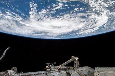 Astronauta registra en primera persona el movimiento de la EEI desde el espacio