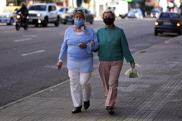 América Latina: Uruguay, Paraguay y Argentina entre los países que mejor han enfrentado la pandemia mientras que Brasil es el peor evaluado