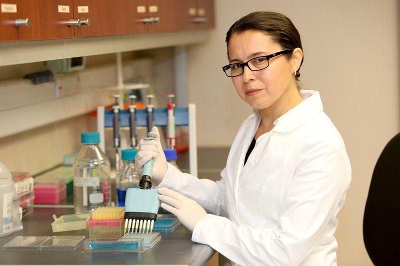 Susan Bueno test de virus