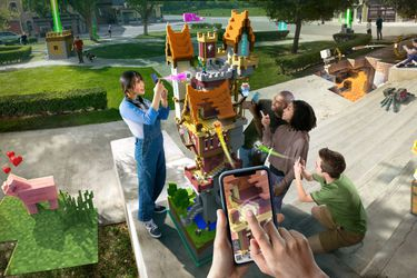 Minecraft Earth se presenta con la intención de superar a Pokémon Go