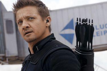 Una foto del set ofrecería el primer vistazo al nuevo traje de Hawkeye
