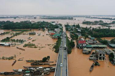 Inundaciones en Vietnam dejan 18 muertos y obligan a evacuar a unas 46 mil personas