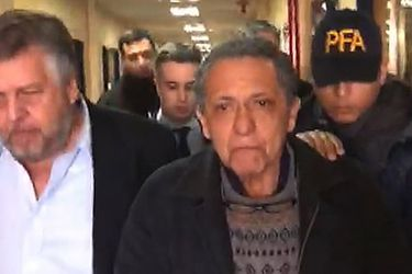 Video grab showing Oscar Centeno (R)