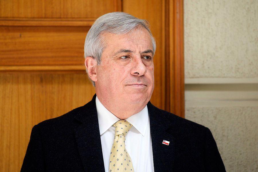 Y entra Jaime Mañalich como ministro de Salud.
