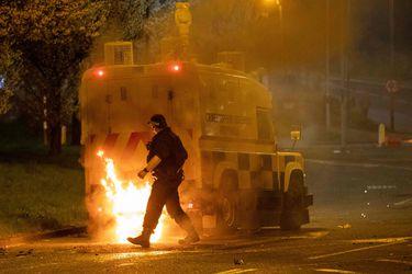 Londres, Dublín y Belfast condenan violencia en Irlanda del Norte
