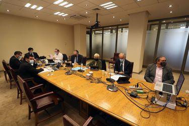 Senadores de la Comisión de Constitución aprueban idea de legislar el cuarto retiro de AFP solo con votos de oposición