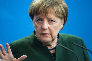 """Merkel asegura que la UE se encuentra """"ante el mayor desafío"""" de su historia por coronavirus"""