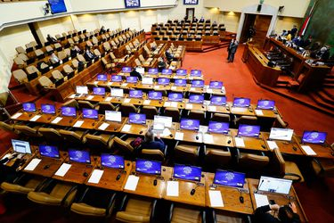 Diputados comienzan discusión en particular de proyecto que permite retiro anticipado de fondos de AFP